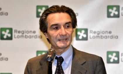 """Il governatore: """"Lunedì in Lombardia riaprono bar, ristoranti e parrucchieri"""""""