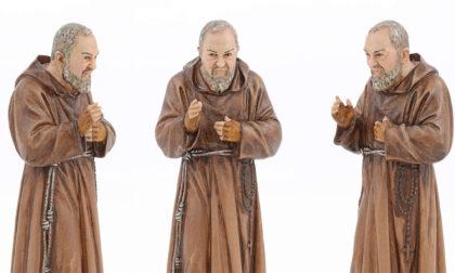Ottantenne picchia la moglie con una statua di Padre Pio da un chilo