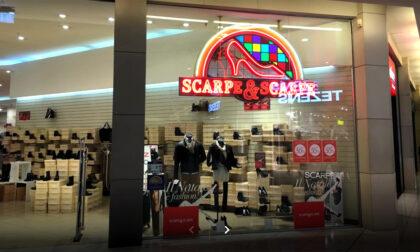Crisi Scarpe&Scarpe: chiuderanno 16 negozi, ma ancora non si sa dove