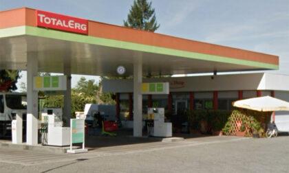 Altro furbetto del Super Cashback dal benzinaio: 62 rifornimenti in un'ora per un totale di... 6 euro e 50!