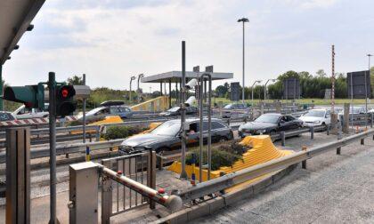 Autostrade per l'Italia torna allo Stato tre anni dopo il Morandi: 2,4 miliardi alla famiglia Benetton