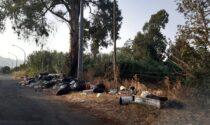 Emergenza rifiuti in Calabria: le strade diventano discariche a cielo aperto