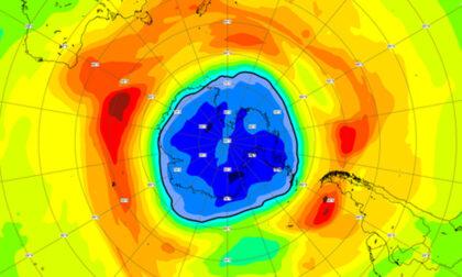 Torna d'attualità il buco dell'ozono: ce l'eravamo scordato, ma nel frattempo è diventato più grande dell'Antartide