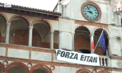 """Eitan, i magistrati: """"Deve tornare in Italia"""". Indagata anche la nonna"""