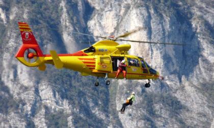 """Escursionisti soccorsi: """"L'elicottero non è un taxi per scendere a valle"""""""