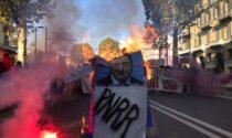 """Sciopero generale: gli studenti """"bruciano"""" Draghi"""