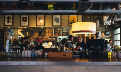Fine dello smart working, chi ci guadagna? Bar e ristoranti aumenteranno gli incassi del 30%