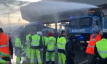 Trieste: sgomberato il porto tra idranti, cariche e lacrimogeni